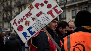 The 1995 strikes had slashed GDP in the fourth quarter by 0.2 percentage point.  But the Banque de France does not believe in such an impact of the ongoing labor dispute on growth in the last quarter of 2019.